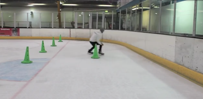How To Pivot In Ice Hockey Power Skating Learn To Pivot Forwards