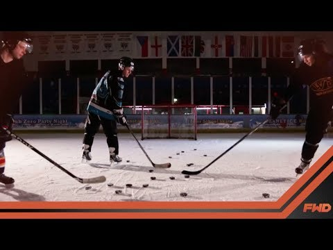 FWD PowerShot – The world's most advanced sensor for hockey sticks.