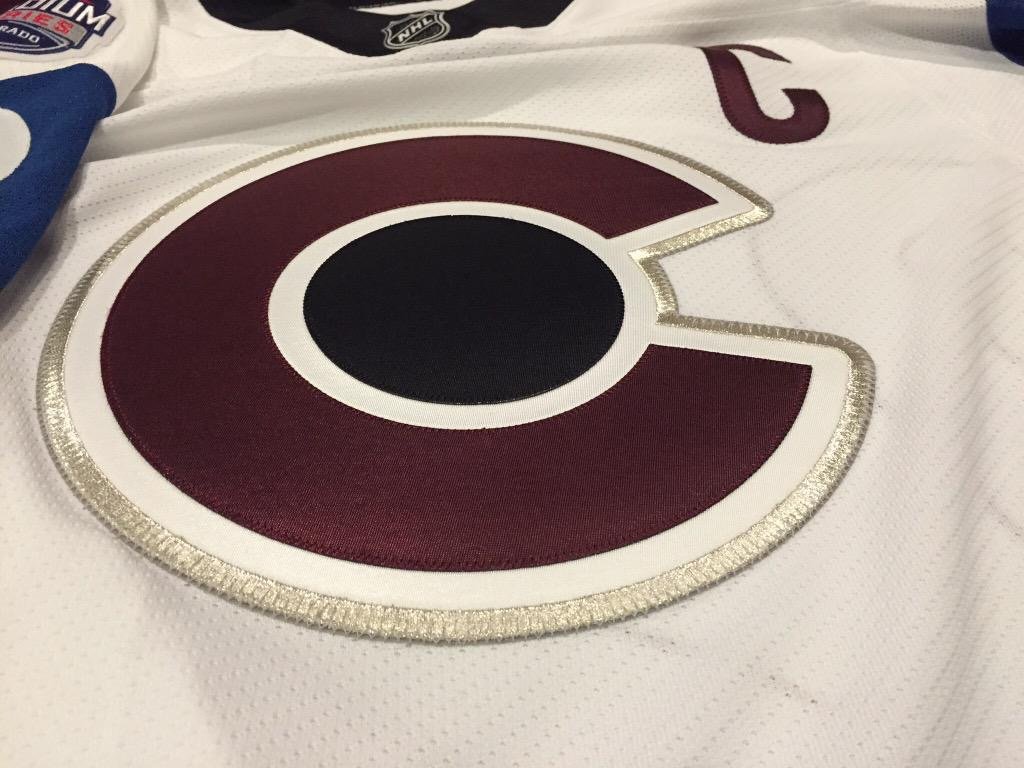 Colorado Avalanche unveil Stadium Series jersey