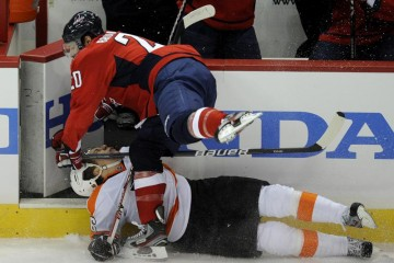 2 troy-brouwer-hit-on-flyers